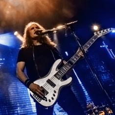 Басист Megadeth запускает бесплатные курсы для начинающих музыкантов
